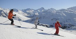 Experience all the sensations of snow sports, at your own pace