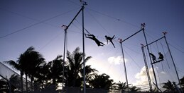 Flying trapeze and circus activities